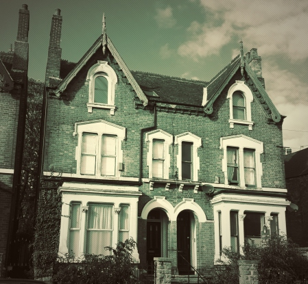 Dark House 1